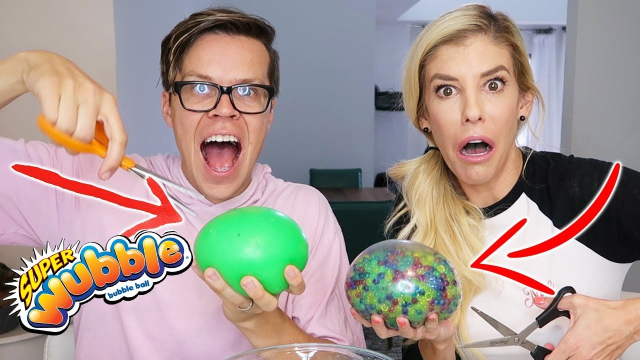 Cutting Open A Wubble Bubble with Water Beadz and Slime and Mixing Them Challenge!