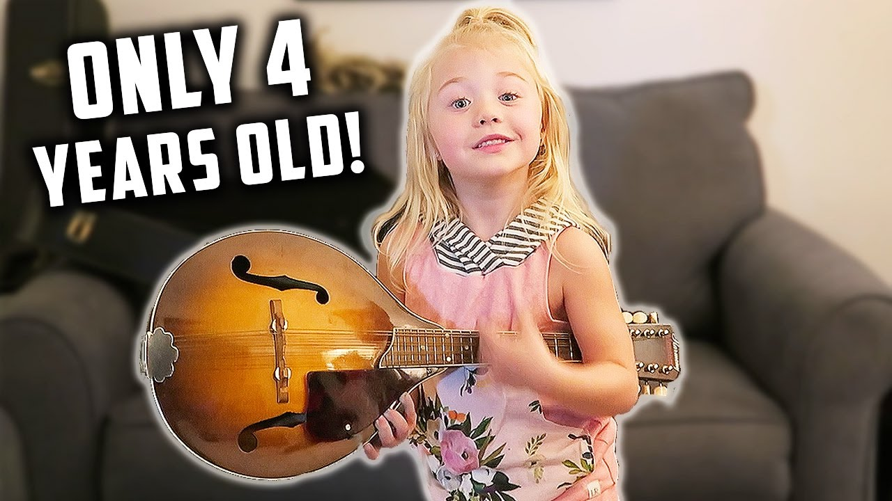 MUSICAL.LY PERFORMED LIVE BY 4 YEAR OLD! (DAY 74)